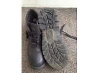 Safety ankle boots size 9