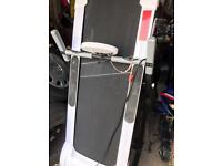 Pro fitness running machine