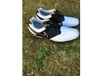 Golf shoes size 10.5