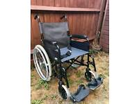 Self propelled folding wheelchair Can deliver