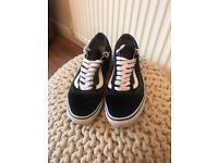 Vans Trainers Size UK 6