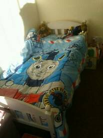 Toddler child bed