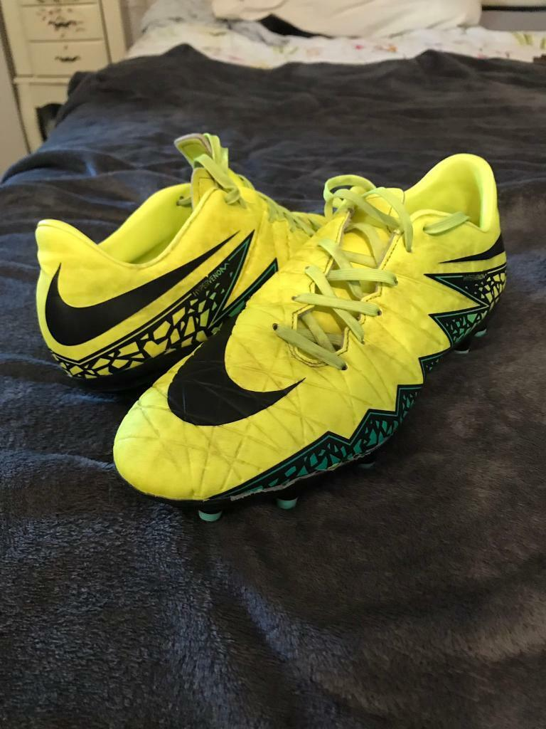 sale retailer 9dd3a 78377 Nike Hypervenom yellow and black football boots / size 9 1/2 | in Norwich,  Norfolk | Gumtree