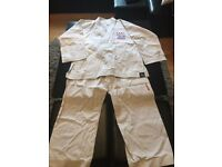 Original Taekwondo Martial Arts Suit --White £30