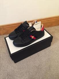 GUCCI BEE TRAINERS SHOES SIZE 8