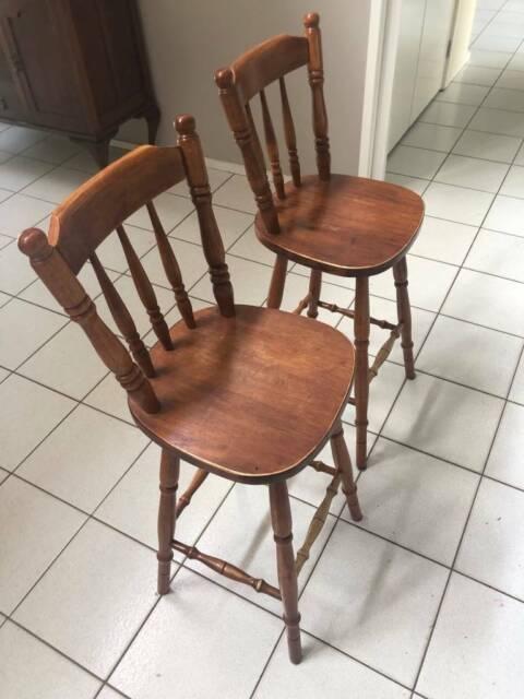 free  2 x kitchen stools  stools  bar stools  gumtree
