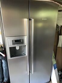 Bosch American style fridge freezer with ice maker & cold water stainless steel look
