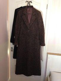 Long length trendy coat.