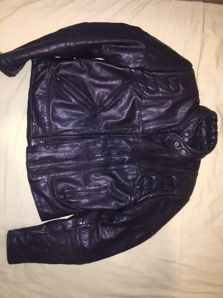 Stein Motorcycle Leather Jacketin Enfield, LondonGumtree - Unisex Stein leather jacket perfect for any season. The leather is comfortable and hugs your body nicely and keeps you warm. Its barely been worn, in perfect condition, selling it due to getting something new and I no longer need it.Its unisex but I...