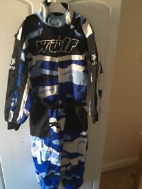 Kids wulfsport motorcross suit