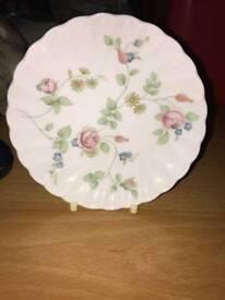 Wedgewood bone china Rosehip plate