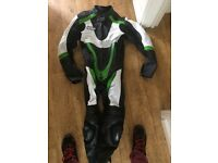 Winnet motorbike leathers M