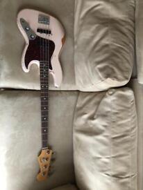 Fender Jazz Bass Flea Signature (like new) + accessories