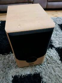 Infinity Alpha Subwoofer active