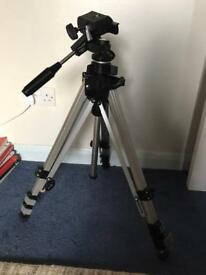 Silk 88 classic photography adjustable tripod with carry case