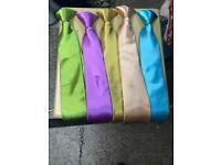 Job lot mens ties total 1000 mix color £500