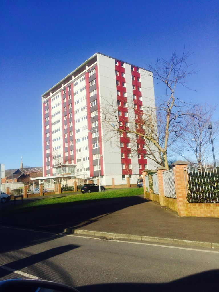 2 3 Bedroom Apartments Available For Rent In Preston Pr1 Avenham Towers In Preston