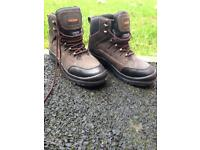 Work boots steel toe capped