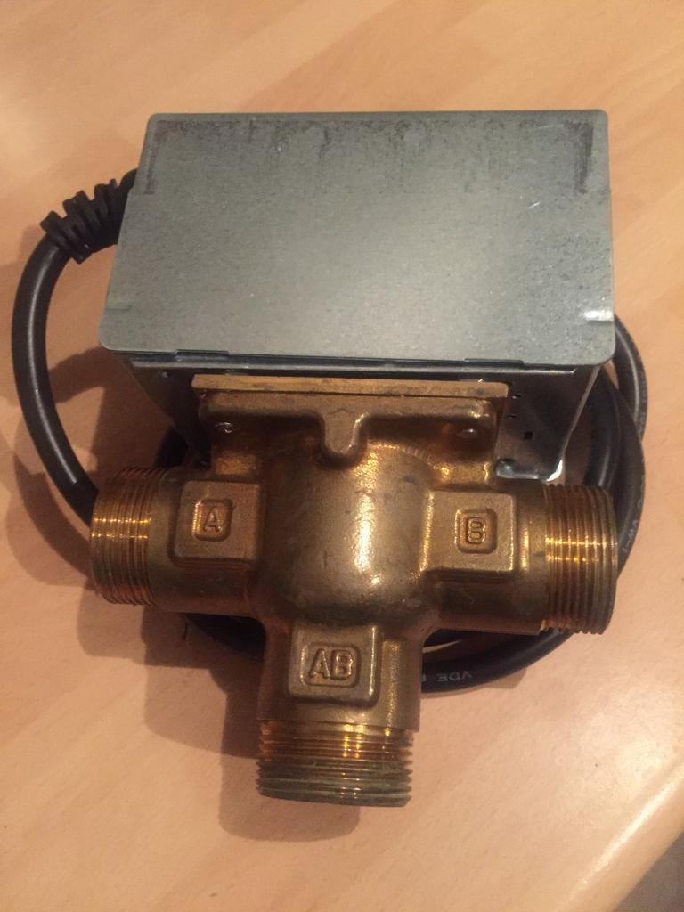 Honeywell 3 port valve with motorised head
