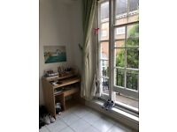 Room with balcony in Central London - 195pw