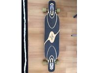 Longboard Loaded Dervish Sama flex 1 Paris trucks, Hawgs Zombie skateboard