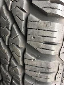 196/65/15 Goodyear ultragrip winter 8-10/32 + rims Ford 15 pouces.   5x108.