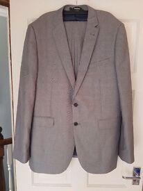 Mens grey suit - never worn