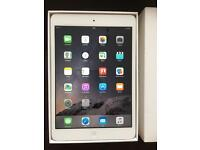 iPad mini 2 16GB silver Immaculate condition boxed