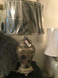 Stunning lamp. (Large)