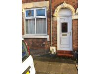 ***TO LET***2 BEDROOM MID-TERRACE PROPERTY-BURSLEM-LOW RENT-DSS ACCEPTED-NO DEPOSIT-PETS WELCOME^