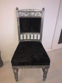 CRUSHED VELVET THRONE STYLE CHAIR