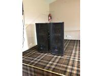 Mackie SR1530 3-Way Active Speakers
