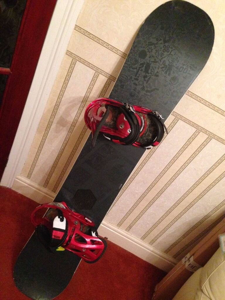 Forum Snowboard/BindingsDakine Bagin Plymouth, DevonGumtree - Forum Snowboard length 155cm (61inches), Bindings and Dakine Bag. All in good condition. Ready to collect asap £400