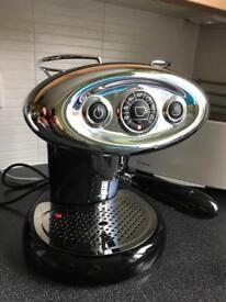 Illy Iperespresso Francis Francis 7.1 coffee maker / espresso maker / cappucino maker