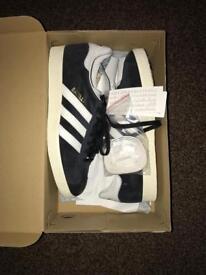 Adidas Gazelle - brand new size 7