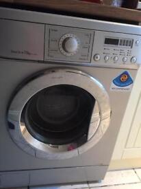 7.5 KG Washing machine!