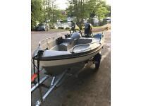 Brand New Boat set