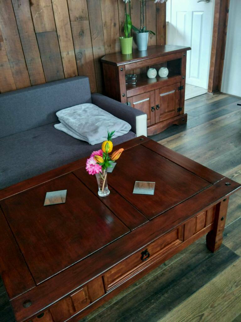 Sideboard, coffee table
