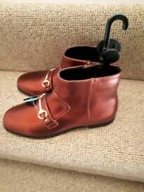 Pair ankle boots size 6 brand new