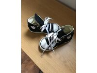 Converse black size 8 toddler