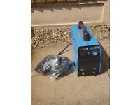 Brand New Stahlwerk 200 Amp arc welder