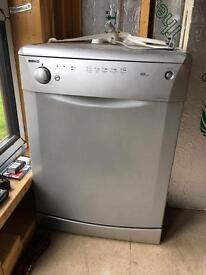 Beko silver dishwasher DWD5410s