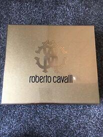 Roberto cavalli EAU De Parfum gift set