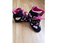 SKECHERS Girls (Size12) Black/Hot Pink Wedge