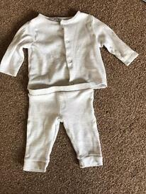 0-3 month baby top and trouser set