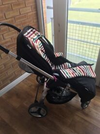 Hauck lacrosse travel system. Car seat with buggy. Good condition
