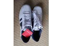 Gola trainers, size 8- brand new
