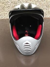 Kids/Teenagers crash helmet