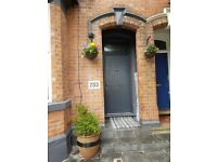 10 bedroom houseshare, ideal for Student or professional.