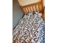 Oak frame single bed